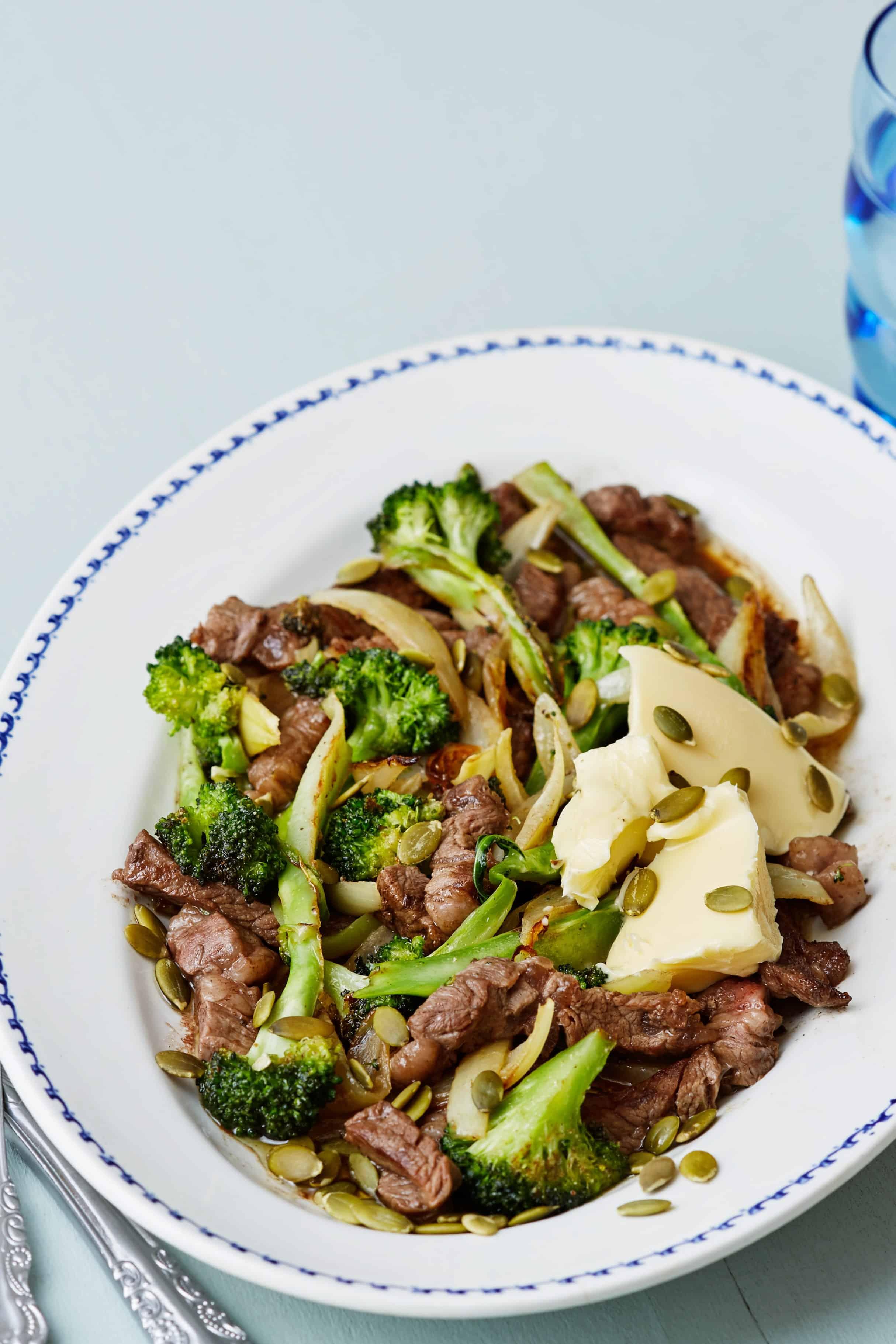 keto-steak-broccoli