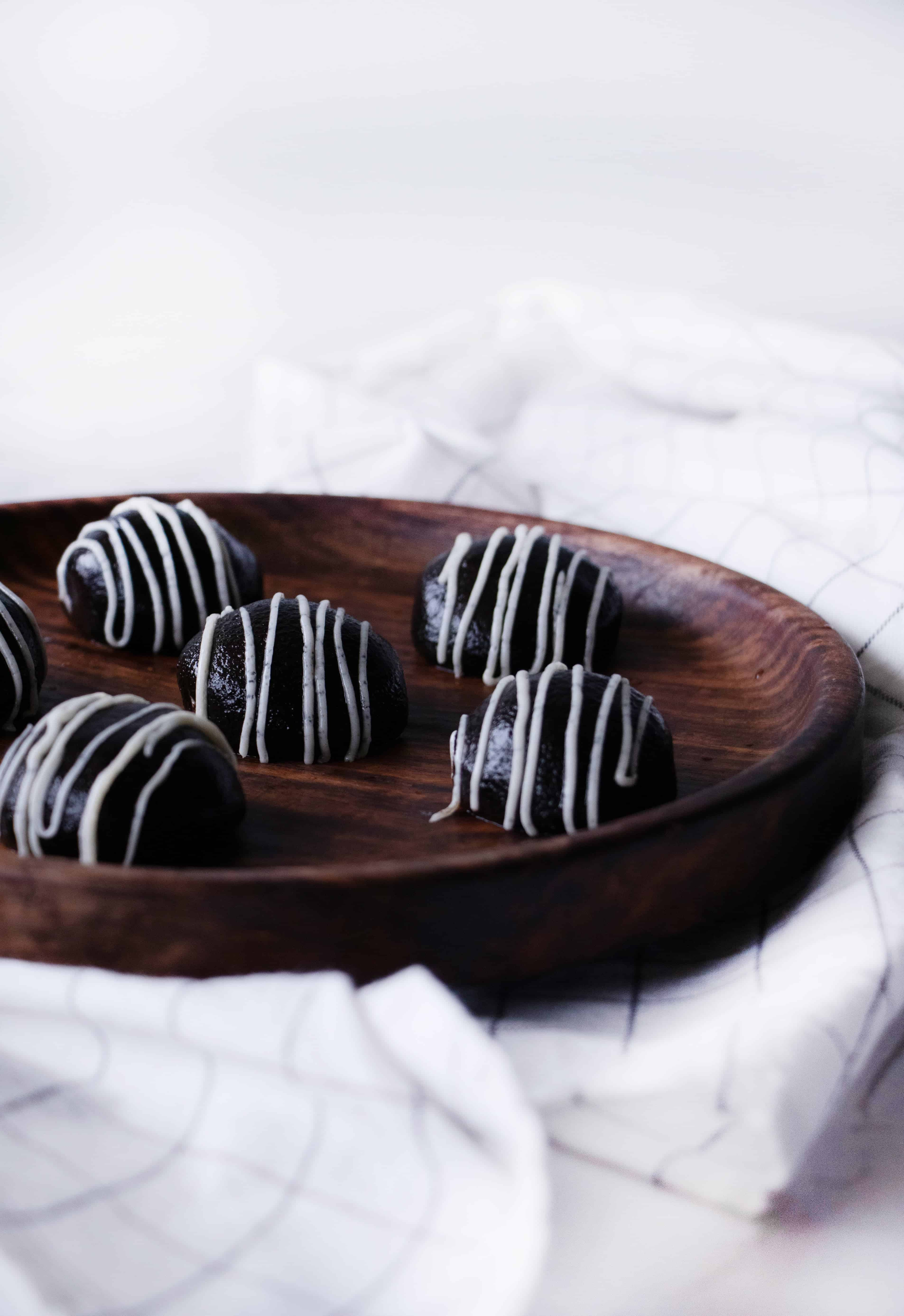 keto oreo balls, cookies and cream truffles