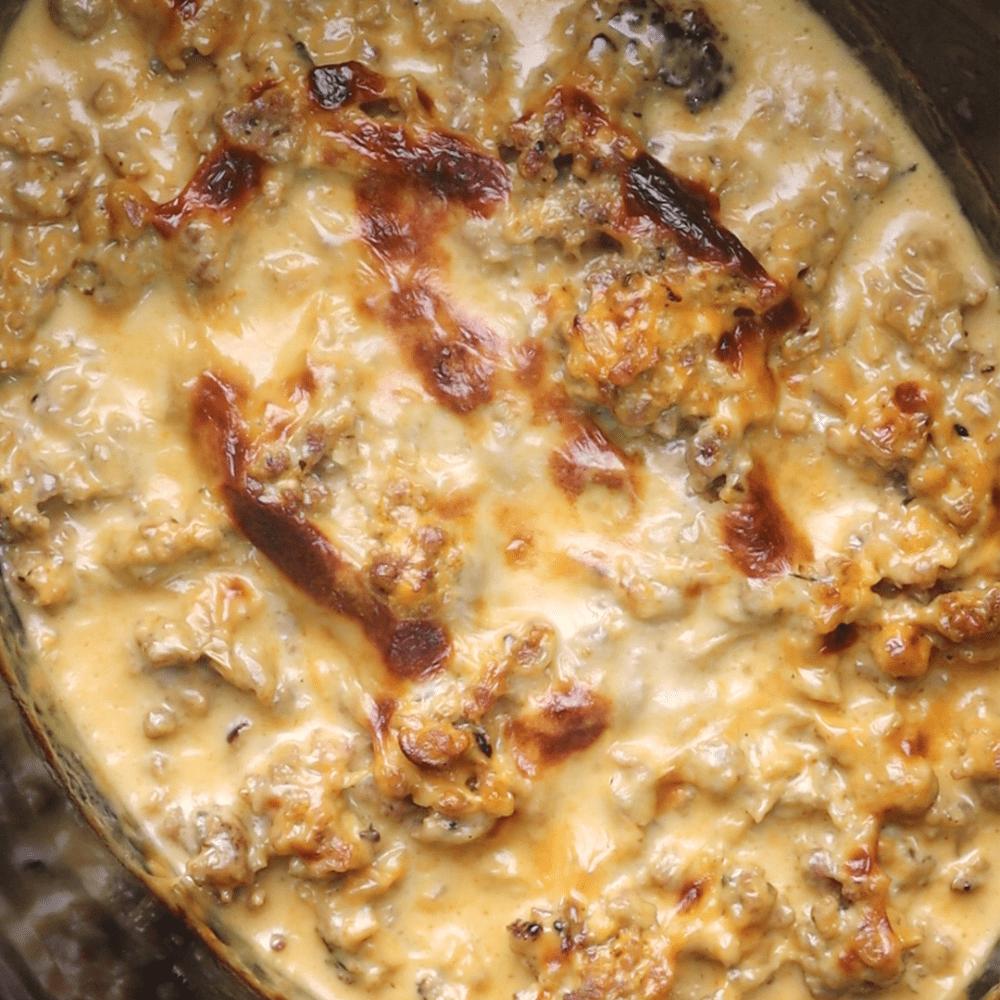 Keto Crock-Pot Cheeseburger Casserole