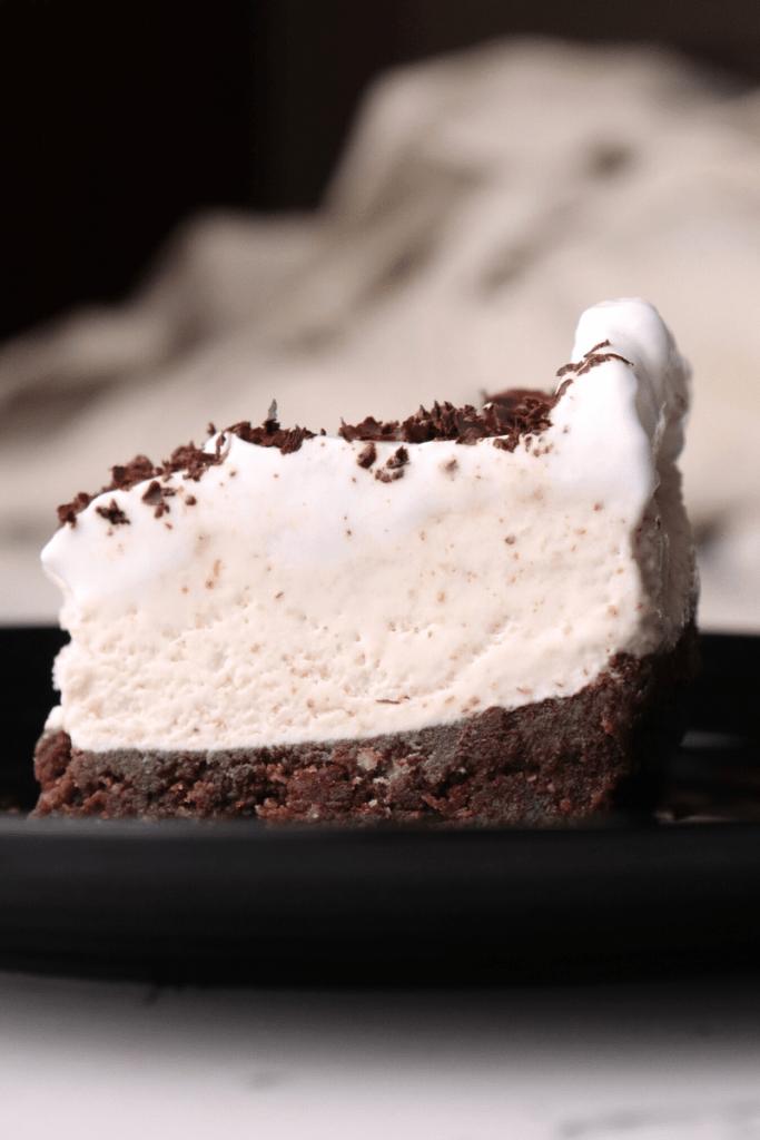 keto-cookies-cream-pie